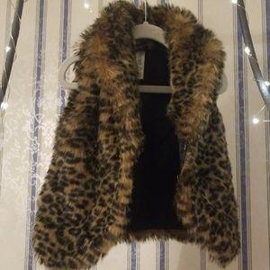 Girls Fuzzy Cheetah Vest